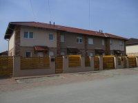 Dunaharaszti, Bezerédi Lakópark, Rajkovits Károly u. 5. (Négylakásos sorház)